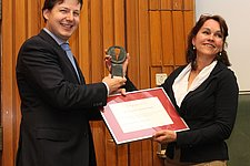 Johan van den Heuvel awarded for advancements in telecommunications