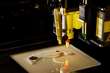 TU/e and TNO innovation center for 3D-printing of multi-materials