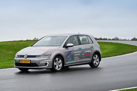 Test car with CTV4EV (photo: Bosch)
