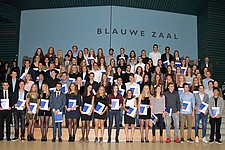 87 students received their Propedeuse