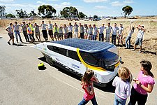 Team Eindhoven leading in Cruiser Class after finishing World Solar Challenge