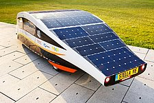 The solar-powered family car Stella Vie – a closer look at the solar cells