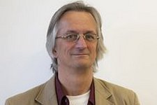 Prof.dr.ir. Cees Oomens receives Experienced Investigator Award