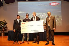 Melvin Drent receives the Dow Chemical Master's Thesis Award