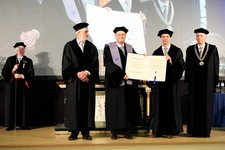 Prof. Lars Arge received Honorary Doctorate